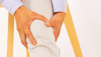 ひざ痛 膝自体に原因があるだけでなく、股関節や腰周りのバランスの崩れによって痛むことも考慮し、痛みを改善していきます。